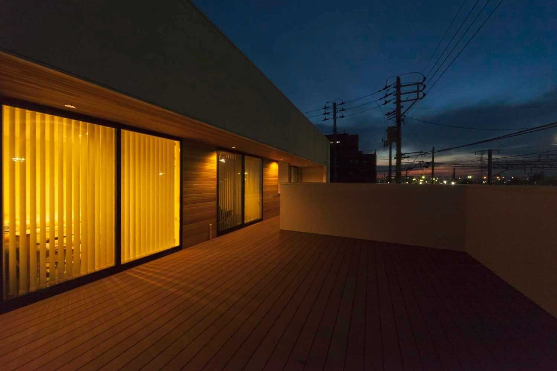 PREMIUM LOUNGE with terrace(株式会社グリーンハウスシミズ)