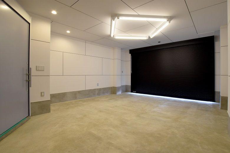 モールテックスと間接照明が際立つお店のような住まい(DETAIL HOME)
