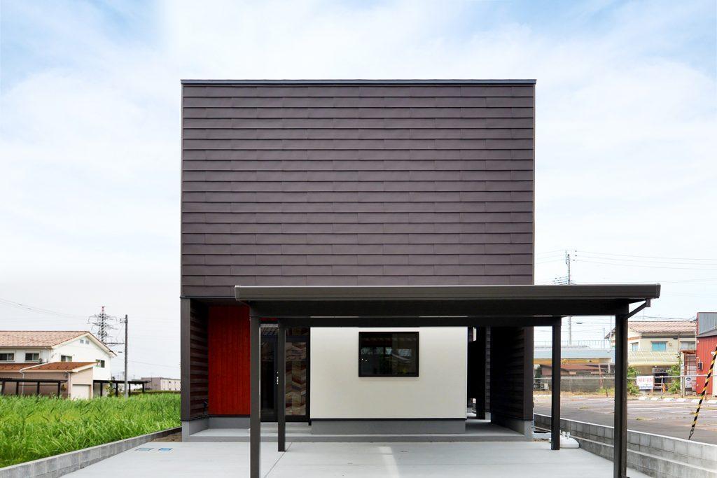 中庭のあるコの字型住宅(DETAIL HOME)