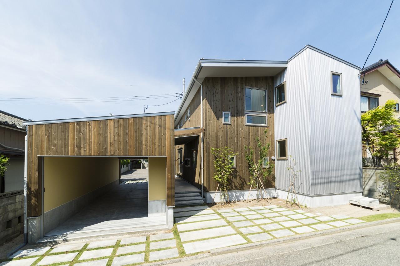 二世帯住宅「アーキテクト ラボ」(株式会社高田建築事務所)