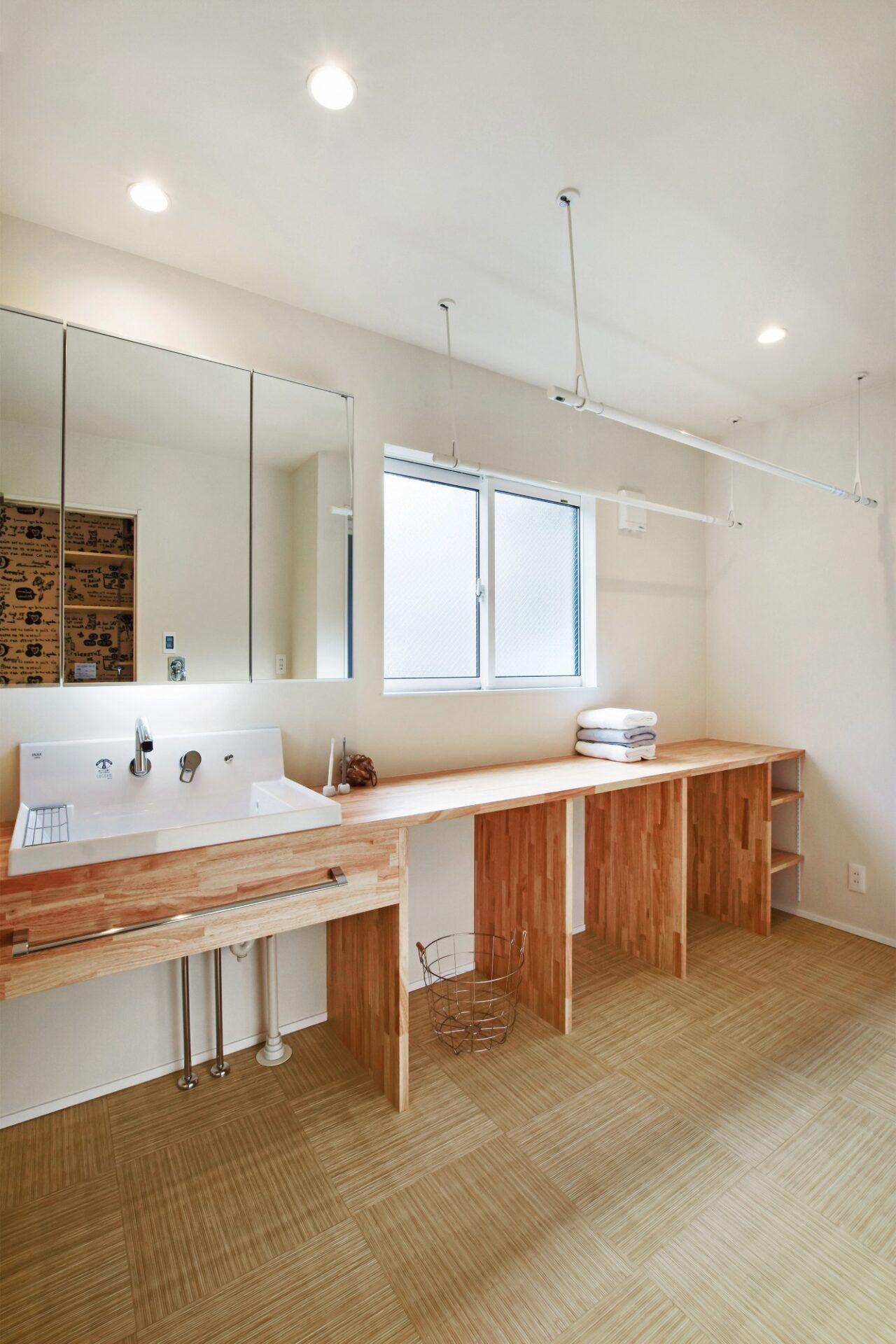 『集い』を考えた二世帯同居型住宅(DETAIL HOME(ディテールホーム))